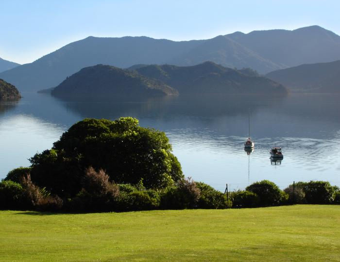 grass is greener in portage 700   New Zealand   The Most Camping Friendly Country in the World?
